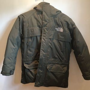 BOYS The North Face olive green